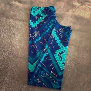 LuLaRoe Onesize Blue & Green Aztec Print Leggings